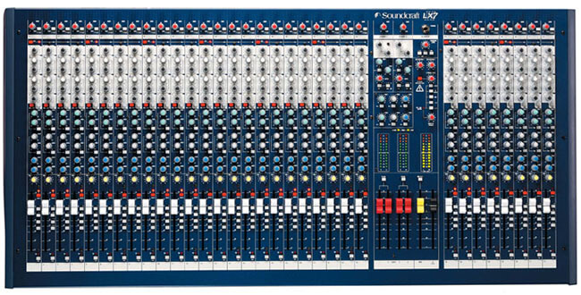 Soundcraft LX7II/32